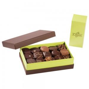 Chocolats 100% Noir intérieur ganache boite de 375 grs